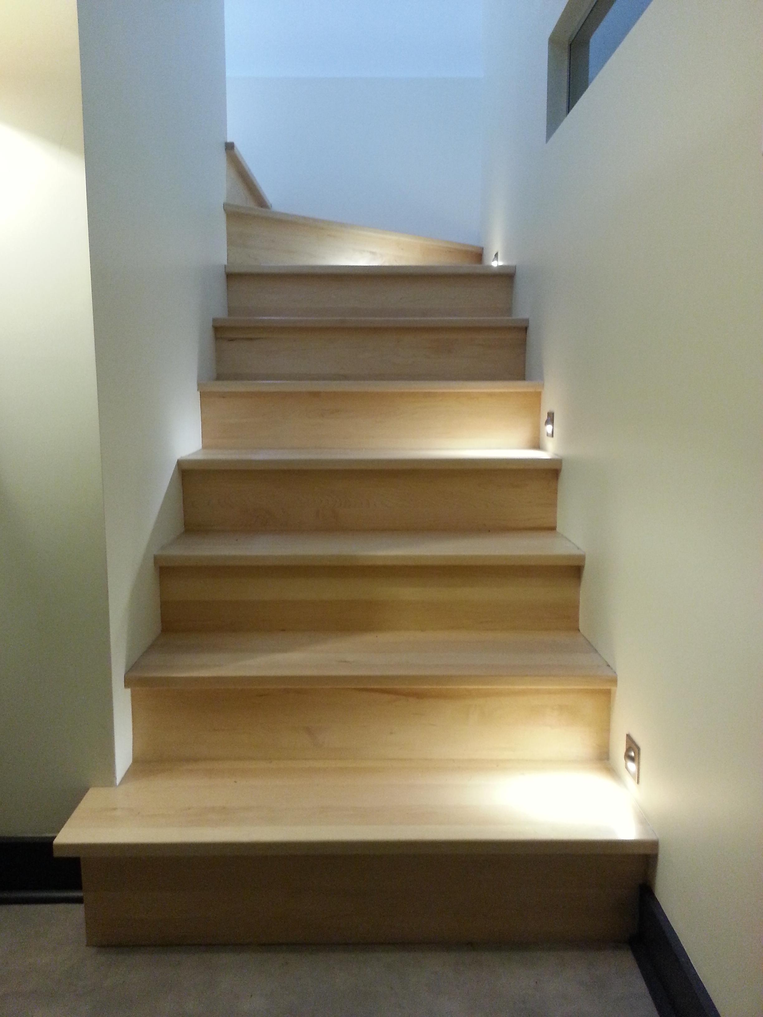 1er-escalier-sous-sol